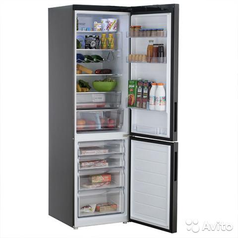 Холодильник Haier C2F737CBXG